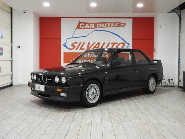 BMW M3 2.3 E30